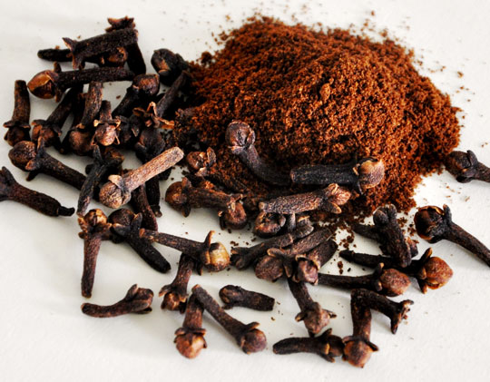 cloves whole and ground